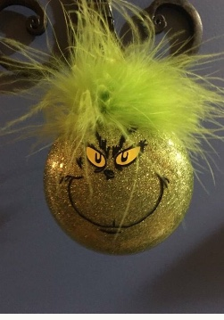 B79E0139 842E 48AF 9B44 EF29A09A7968 - Custom Grinch Ornament