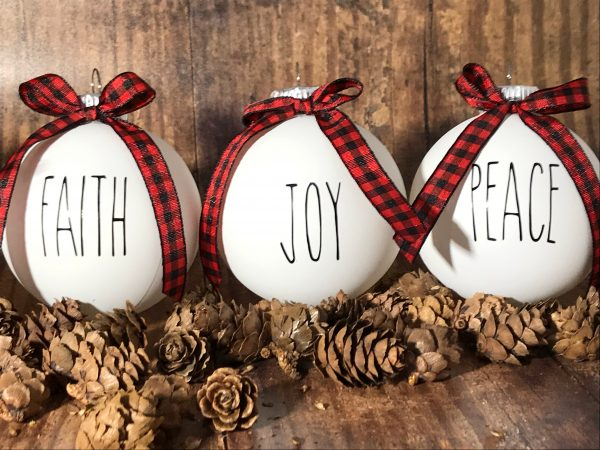 ReligiousOrnaments 06 600x450 - 1 Set of 6 White Farm House Ornaments with Buffalo Plaid Bow for Christmas Tree - Religious