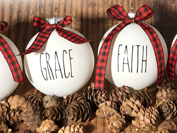 ReligiousOrnaments 07 600x450 - 1 Set of 6 White Farm House Ornaments with Buffalo Plaid Bow for Christmas Tree - Religious