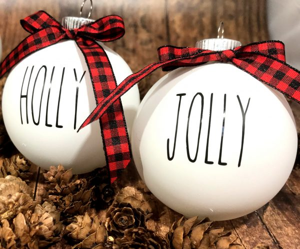 Secuclar HollyJoly 600x498 - White Farm House Ornaments with Buffalo Plaid Bow for Christmas Tree